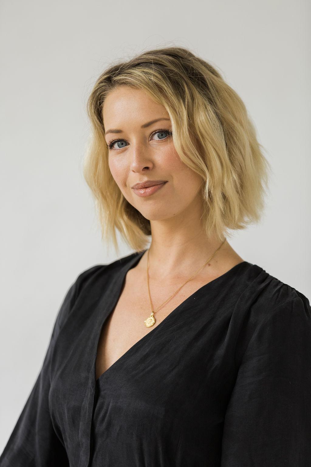 Hairstylist Elli